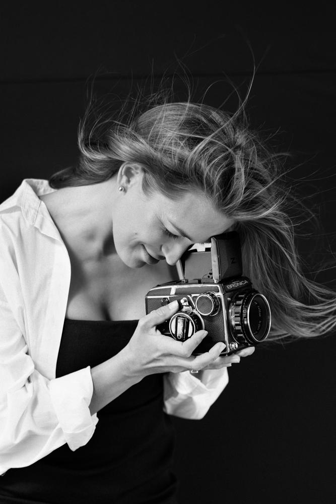 Mariana Shafro - photographer of sensual portraits and perfect weddings